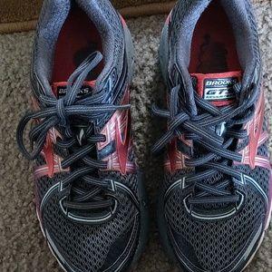 Brooks GTS 17 Training Running Shoes Womens Size 8